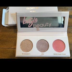 Basic Beauty Glowy AF Wet Jelly Highlight Palette